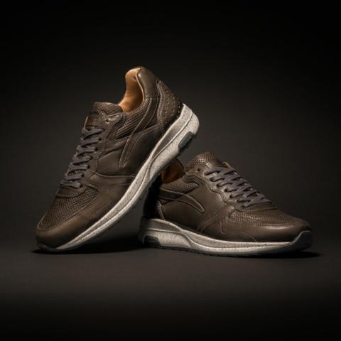 product fotografie rehab footwear schoenen brown